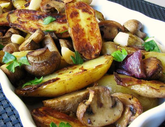 Как приготовить картофель с грибами в духовке