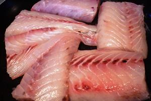 филе рыбы, запеченное в духовке