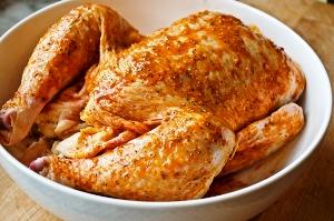 запечь курицу в духовке в фольге
