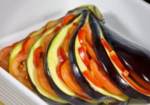 Как можно приготовить баклажаны в духовке