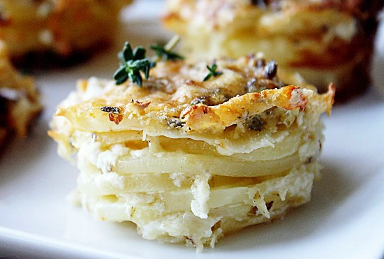 запеченный картофель с сыром в духовке