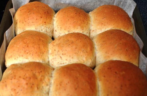 Выпекаем хлеб с отрубями в духовке