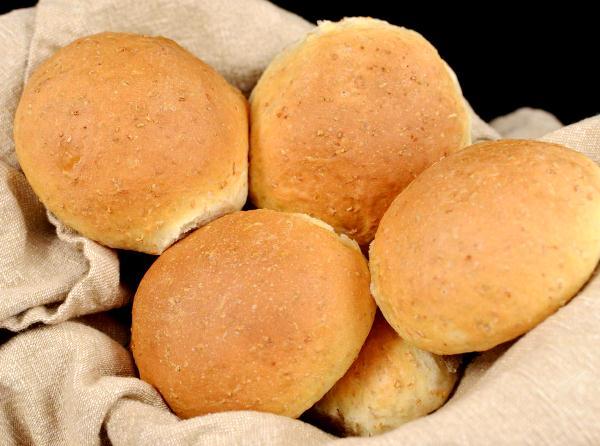 Хлеб с отрубями в виде булочек