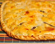 Выпекаем пирог с мясом и картошкой в духовке