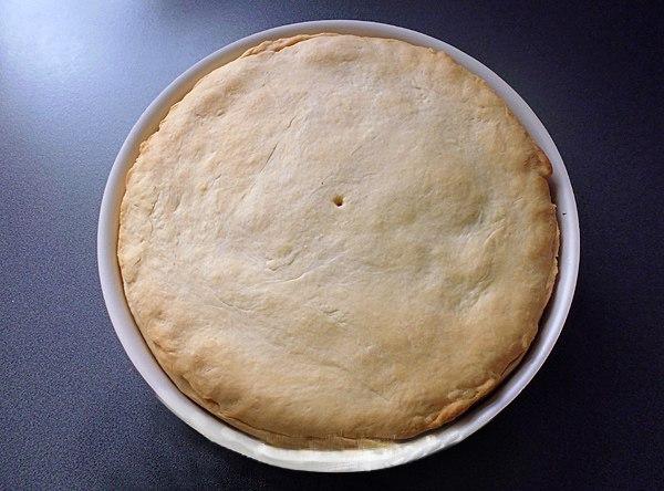Выпекаем пирог с баклажанами в духовке
