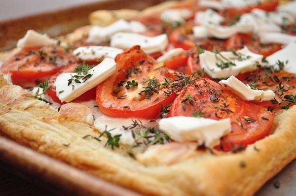 Рецепт пиццы из слоеного дрожжевого теста