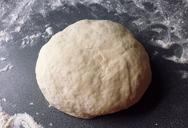 Месим тесто руками 5 минут