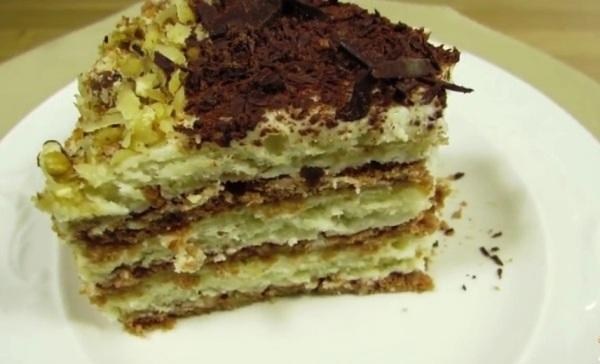 Поставить торт пропитаться кремом