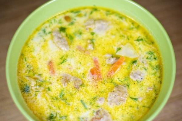 Рецепт супа из цветной капусты с фрикадельками