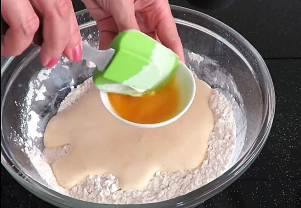 Добавляем в тесто для куличей сок маракуйи
