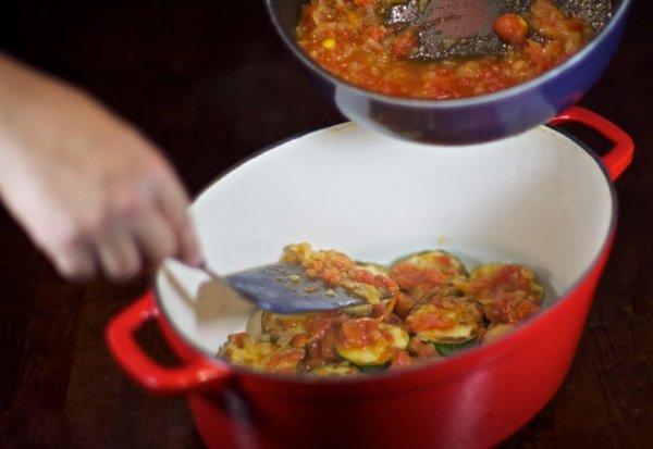 Запеканка из кабачков с помидорами в духовке