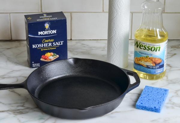 Как ухаживать за чугунной сковородкой