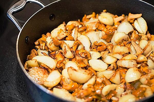 Рецепт жареных лисичек с картошкой пошаговый