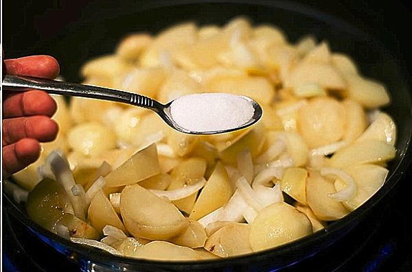 Как готовить лисички жареные с картошкой
