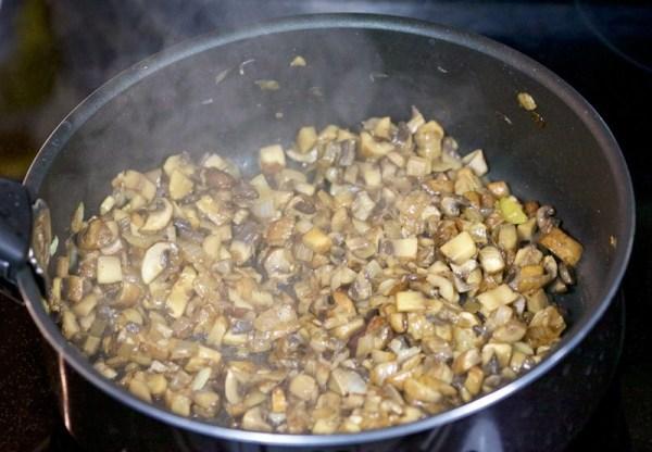 Ракушки фаршированные фаршем в духовке
