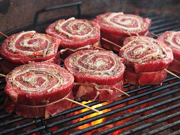 Рулет из брюшины свинины в духовке рецепт