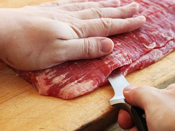 Рецепт рулета из свиной брюшины