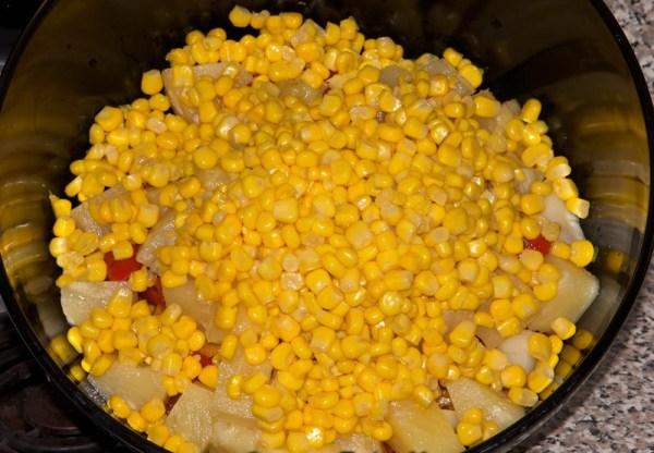 Рецепты салатов с ананасами консервированными
