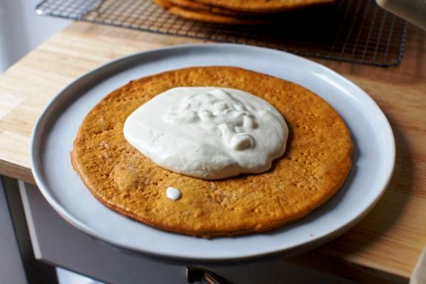 Торт рыжик со сгущенкой