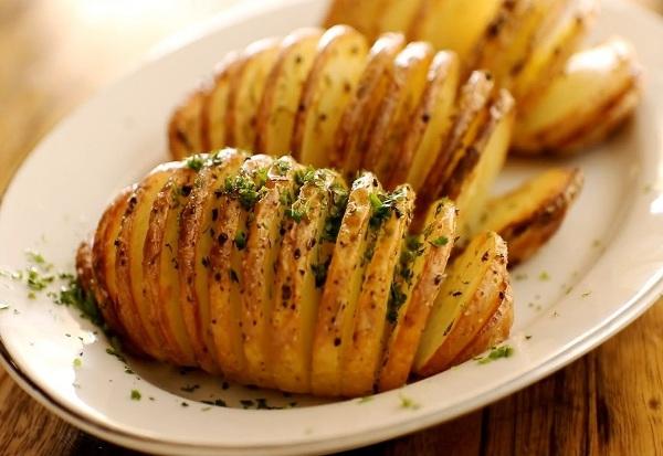 Рецепт картошка гармошка с сыром в духовке