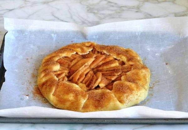 Приготовить яблочный пирог в духовке фото рецепт