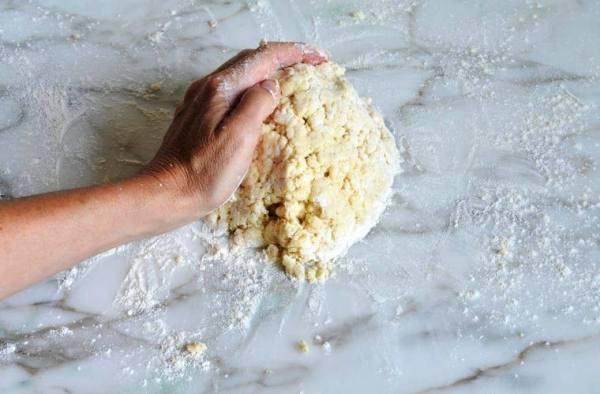 Как приготовить яблочный пирог в духовке
