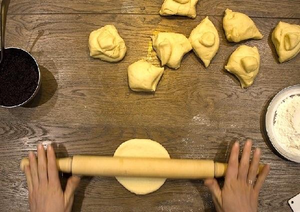 Рецепт булочек с маком в духовке