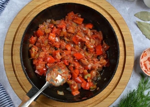 Красный борщ из свеклы рецепт