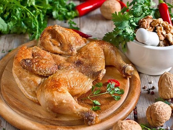 Цыпленок табака на сковороде рецепт с фото