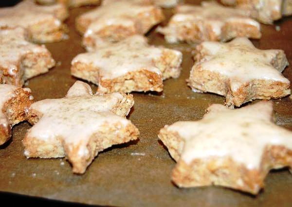 Печенье с корицей в виде звездочек