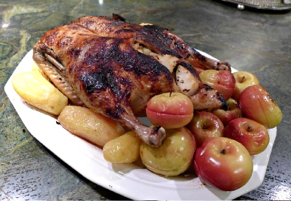 Утка с яблоками в духовке пошаговый рецепт