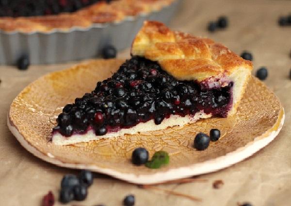 Рецепт пирога с черникой в духовке простой
