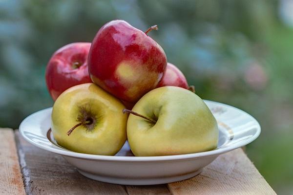 Рецепт запеченных яблок в духовке