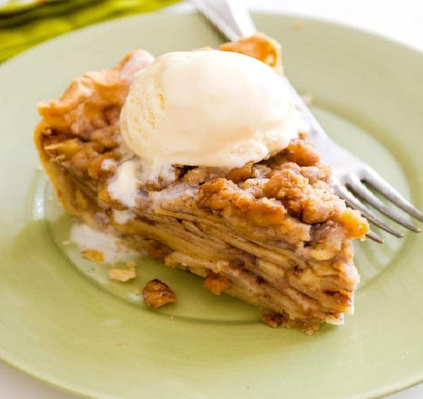 Рецепт вкусного пирога с яблоками