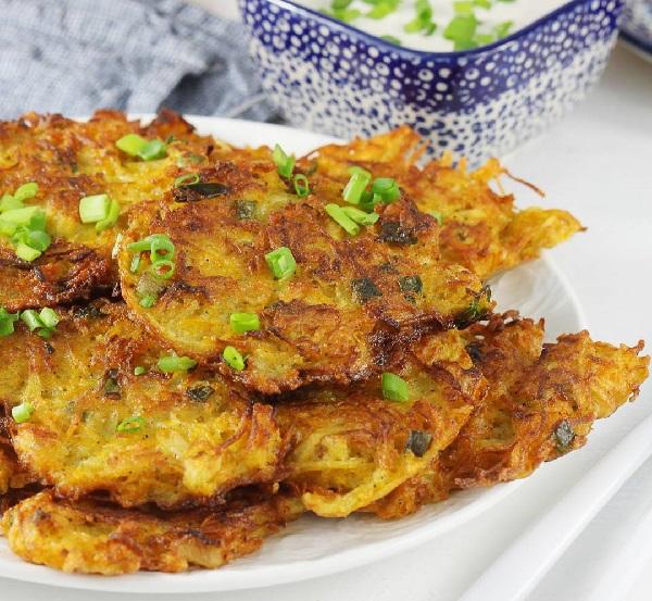 Картофельные оладьи из сырого картофеля