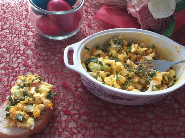 Что можно приготовить из вареных яиц быстро