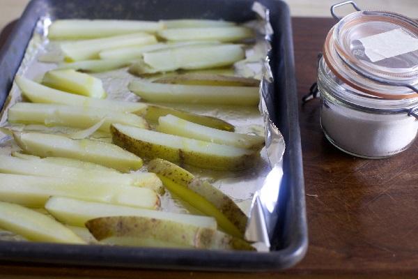 Картошка фри в домашних в духовке