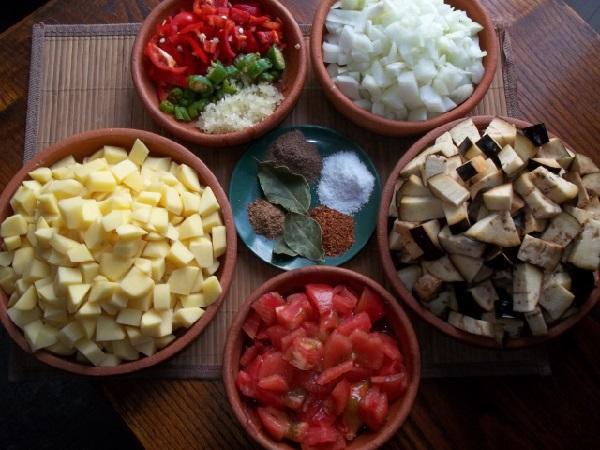 Аджапсандали по грузински классический рецепт на мангале