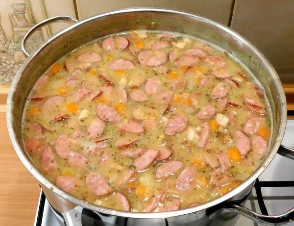 Рецепт горохового супа с копченостями ребрами пошаговый