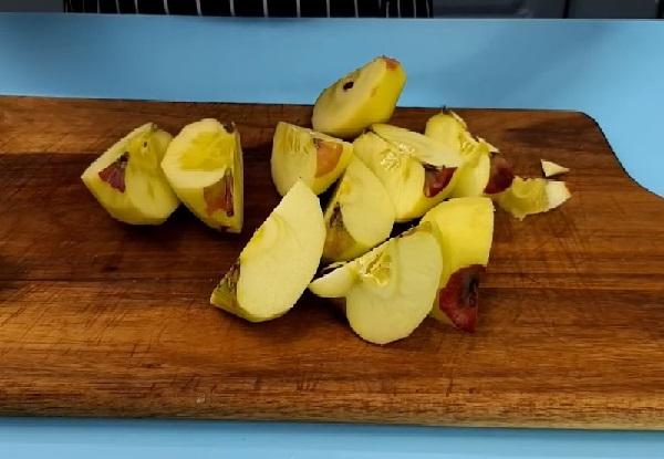 Рецепт пирога шарлотка с яблоками в духовке