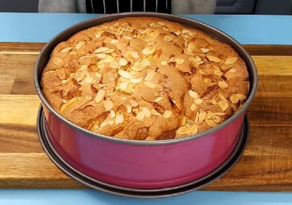 Пирог яблочный шарлотка в духовке с яблоками