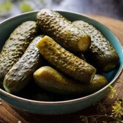 Рецепт соленых огурцов хрустящих на зиму