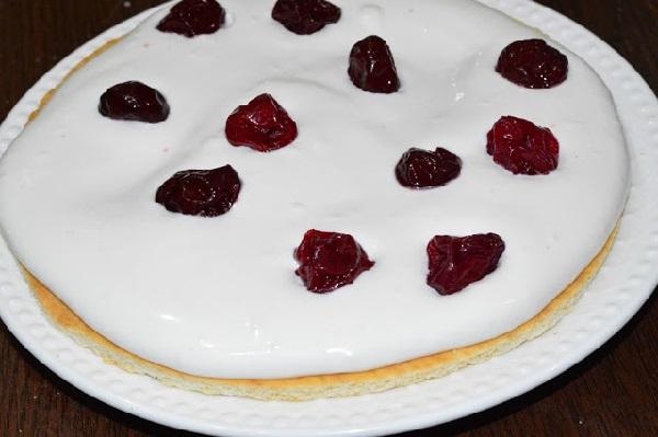 Простой рецепт торта с вишней