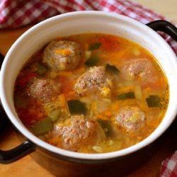 Как приготовить суп с фрикадельками из фарша